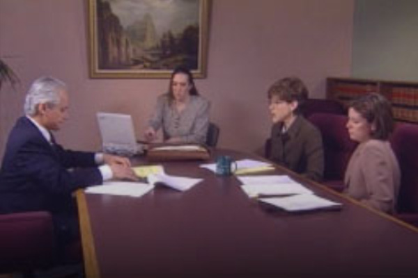 How to Testify as an Expert Witness at Deposition & Trial